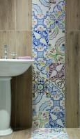 hand painted tiles maiolica